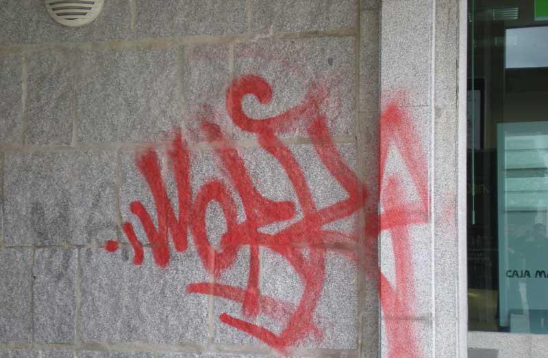 Pintadas en Torrelodones foto del 23/04/2012