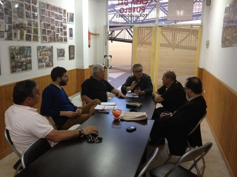 Los socialistas de Torrelodones vuelven a reunirse con los trabajadores despedidos del Casino de Torrelodones