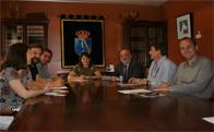 """La alcaldesa de Torrelodones se reúne con la comunidad educativa para conocer sus propuestas respecto al """"Camino Escolar"""""""