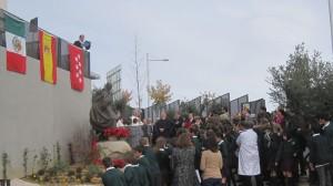 Las Banderas de México, España, Madrid y Torrelodones, enmarcaron la ceremonia