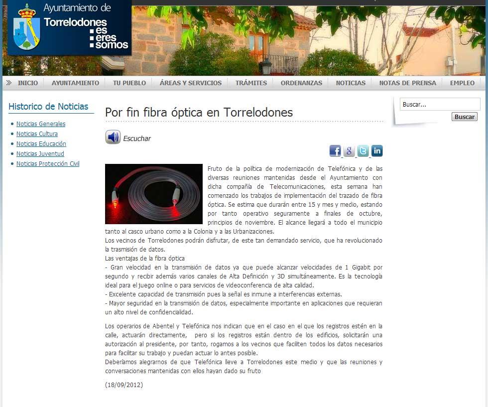 Nota del Ayuntamiento anunciando la implementación de fibra óptica en Torrelodones
