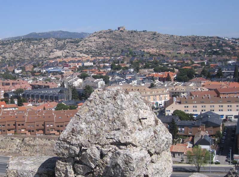 Torrelodones visto desde lo alto de la Torre de los Lodones