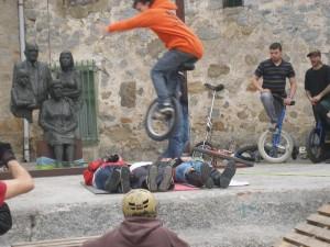 Exhibición de monociclos en Torrelodones (Foto: Fernando Villaverde)