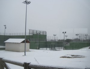 Nieve en el Polideportivo de Torrelodones (Foto: Archivo)