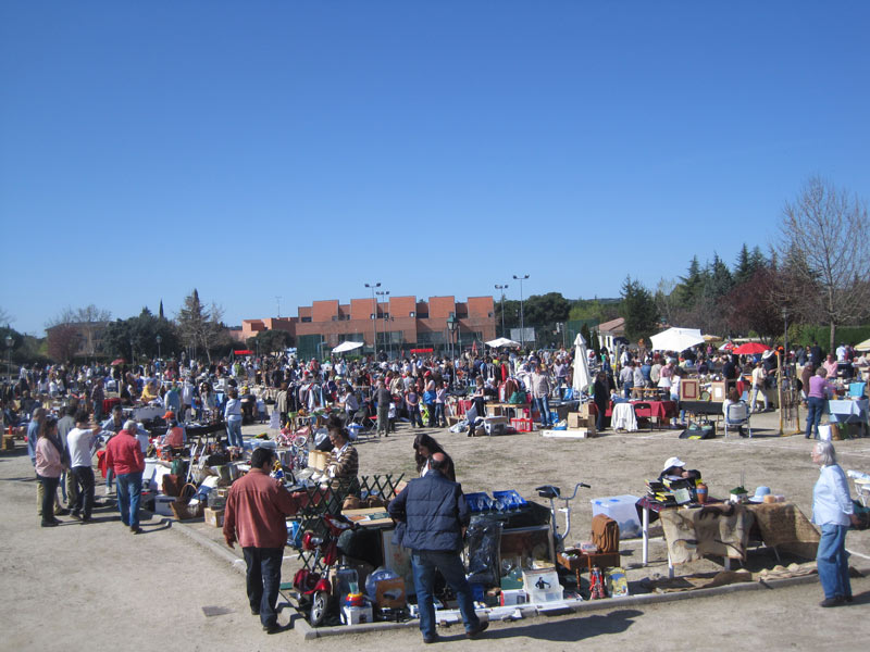 Mercadillo Popular de Torrelodones - 14-04-2013
