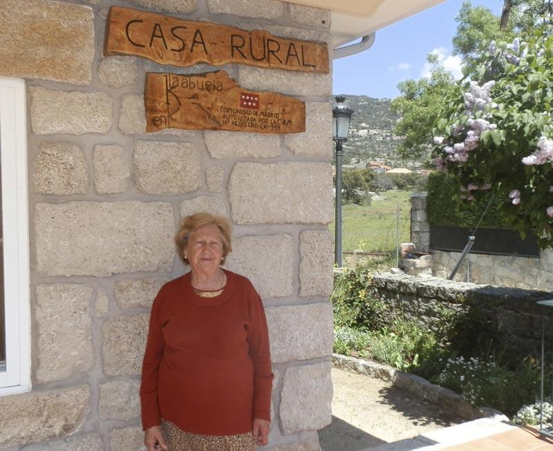 Emprender a los 80 años: Cipriana dirige una acogedora Casa Rural en ...