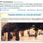 Mensaje en Twitter del PP de Torrelodones con una foto del coche oficial sobre la Plaza del Ayuntamiento