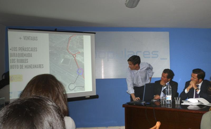 Francisco Carou presenta un Proyecto del PP al Consejero de Transportes, Pablo Cavero