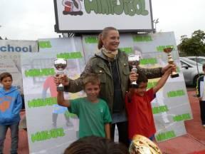 Coral Bistuer entregó los trofeos a los más pequeños