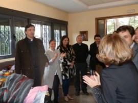 D. Andrés Ramos Castro, bendijo e inauguró el II Rastrillo Solidario que en favor de la Residencia de Mayores Santa María de los Ángeles