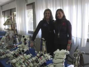 Mª José Zaldivar, creadora de la firma de bisutería Zaltris y Estrella Gallego, directora de la Residencia Santa María de los Angeles