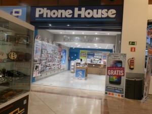 Phone House CC Espacio Torrelodones sufrió dos robos en diciembre
