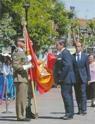 Miguel Hinojar de Inza en la Jura de Bandera en Galapagar 2014 (Foto cedida por Mercedes García Redondo)