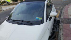 coche-concejal-mal-aparcado-1