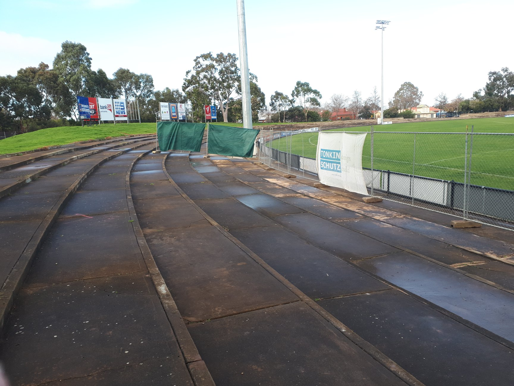 180807 Thebarton Oval Eastern Terraces 2