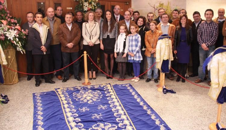 visita institucional al traje de la Reina