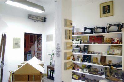 Hausmuseum, Installation, Ingo Fröhlich in Zusammenarbeit mit Karin Schroeder