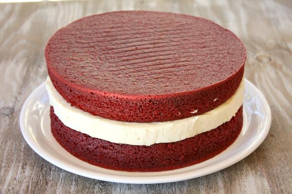 Red Vele Cake