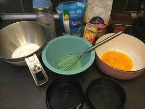 csokolades_piskota_recept-tortaiskola-1 (8)