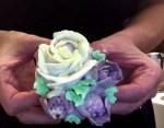 Vajkrém rózsa és tulipán készítése a cupcakre egyből, videós magyar nyelvű segítséggel
