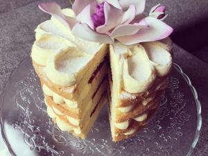 marakujas-afonyas-torta-recept-tortaiskola-1 (2)