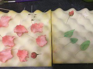 papagaj-tulipan-keszitese-tortaiksola-glazurshop-1 (26)