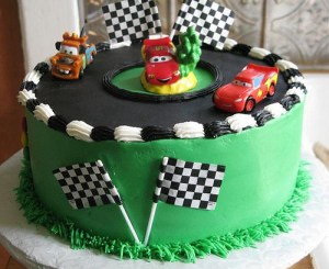 10 Tortas decoradas con autos (1)