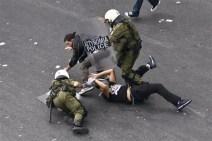 121009-greece-protests-945a.photoblog600