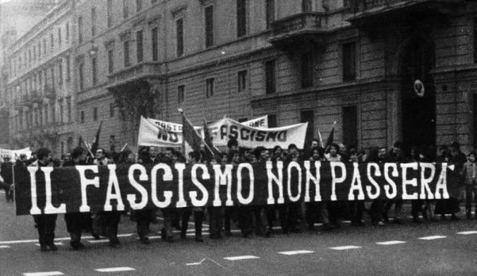 Contro CasaPound Tortona unita in piazza