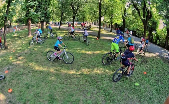 Il campo scuola di mountain bike al castello di Tortona
