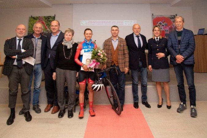 Tanta gente a Castellania Coppi per l'anteprima del Giro Rosa 2019