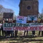 La carica dei 600 – Gli studenti tortonesi partecipano in massa al #FridaysForFuture