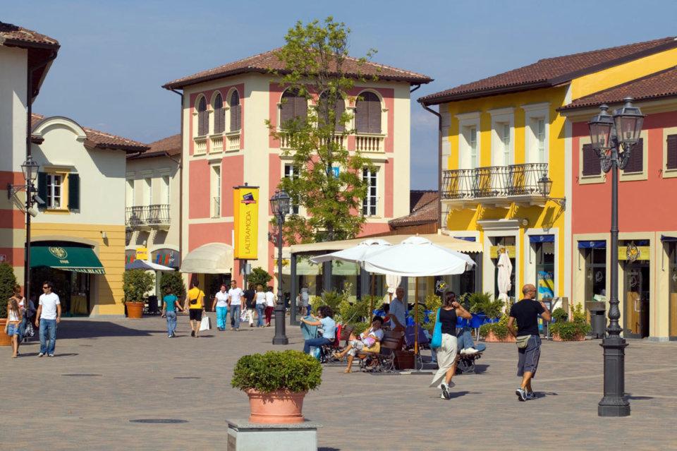 Serravalle Scrivia - Designer Outlet chiuso a Pasqua