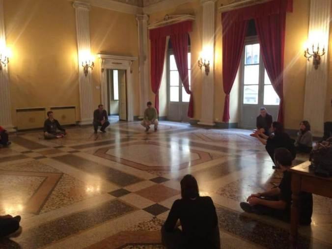 Un momento del seminario di Daniela Tusa nel ridotto del Teatro civico