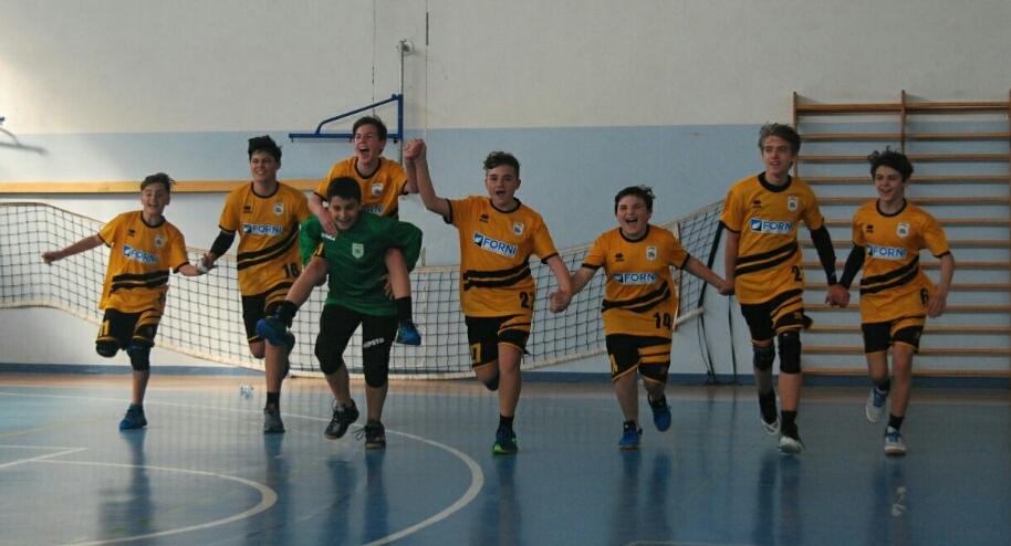 Leoni Pallamano Tortona - L'Under 15 B è Campione Regionale del Piemonte!