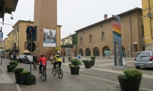 Ultim'ora – Anche via Ammiraglio Mirabello riaperta alle auto. Palazzo Guibono diventerà un drive in?