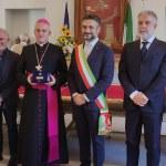 """Consegnato il premio """"Grosso d'oro"""" a mons. Vittorio Viola, Vescovo emerito di Tortona"""