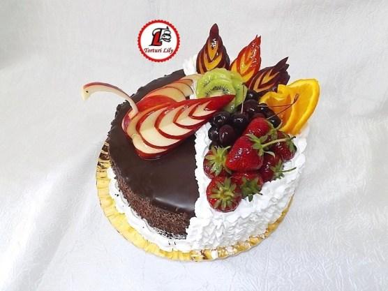 Tort cu fructe_lebada mar 4