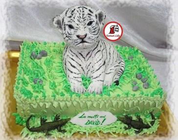 tort pui de tigru alb