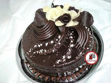 tort trandafiri de ciocolata 3