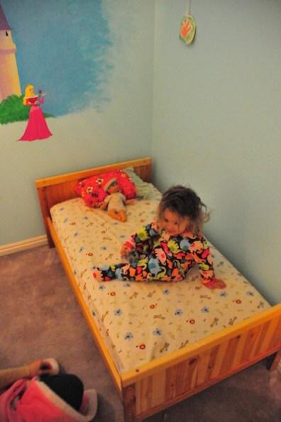 tegan-big-bed-3