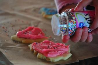 Sprinkles sprinkles in your hair, sprinkles sprinkles everywhere!