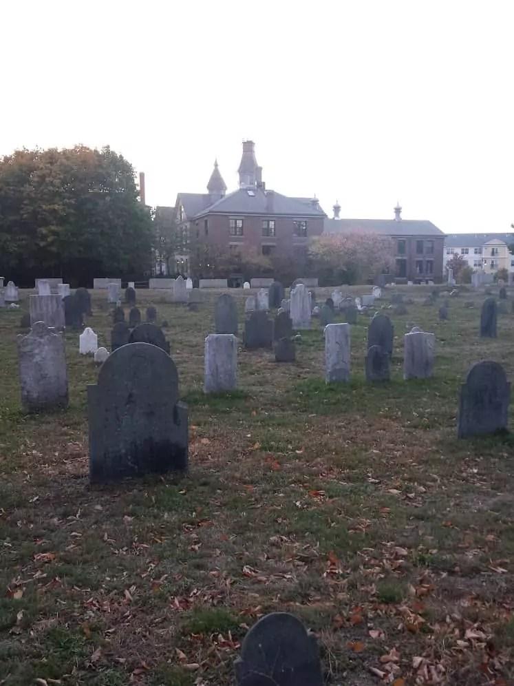 salem-howard-street-cemetery