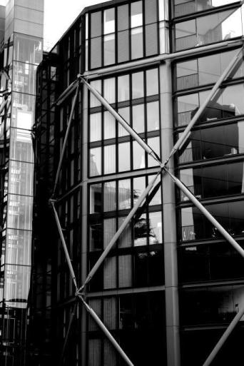 tech-lloyds-building