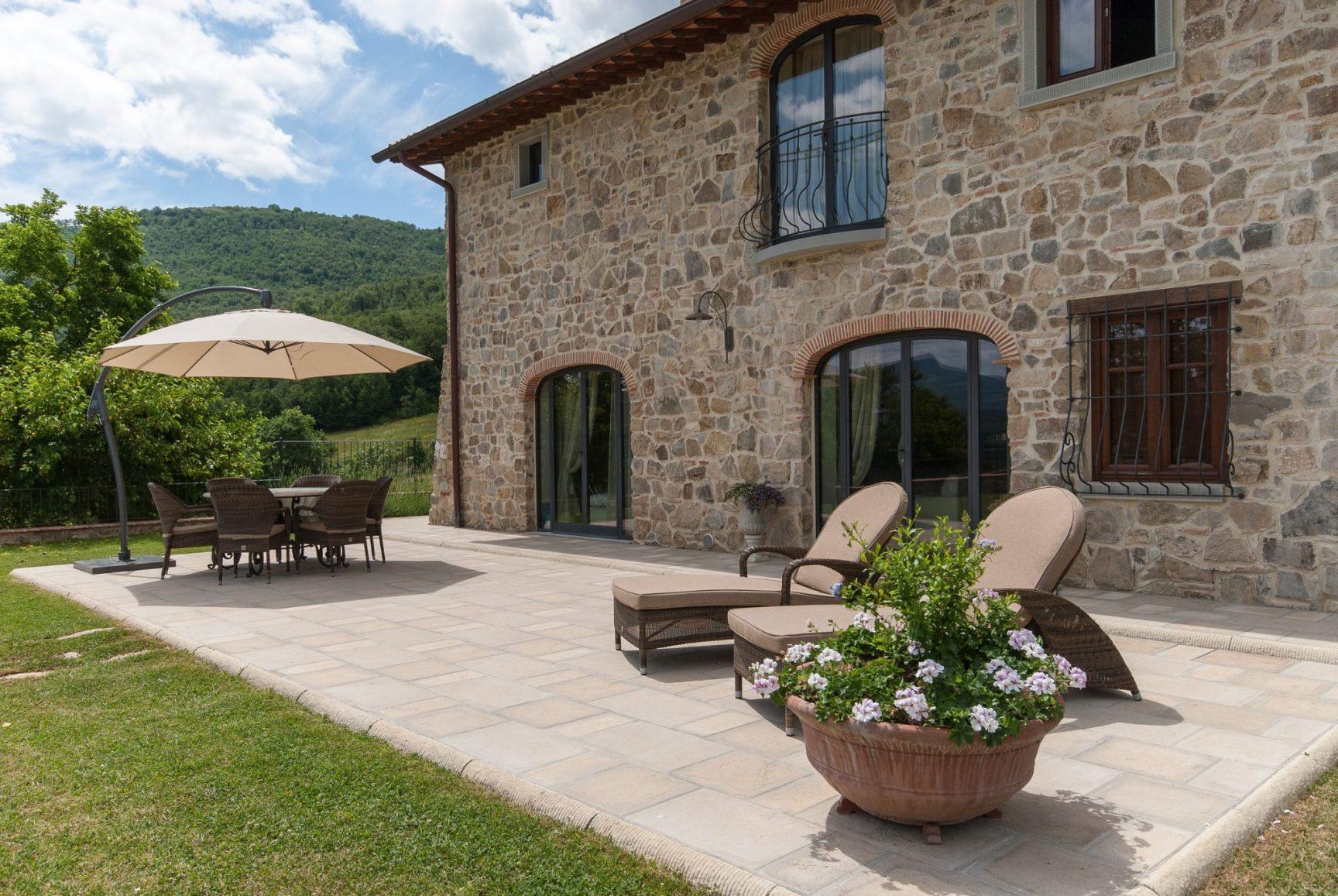 Vakantiehuis met zwembad en airconditioning 6 personen Toscane