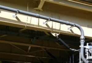 橋梁用塩化ビニル排水管例