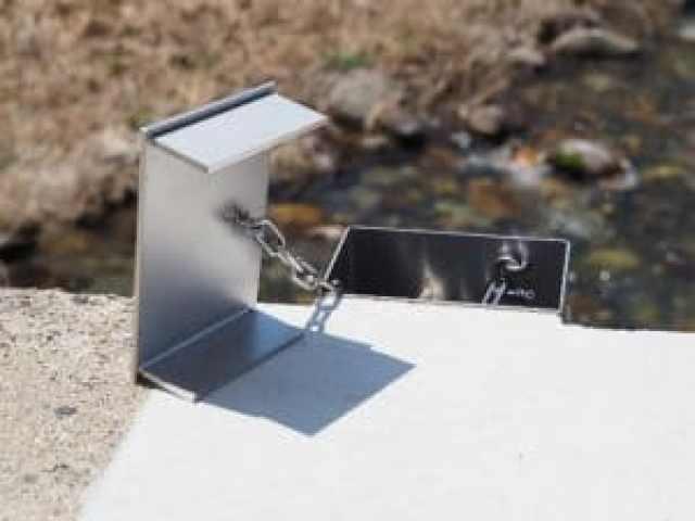 橋梁用 地覆 横引 排水装置 プレテンホロー 6