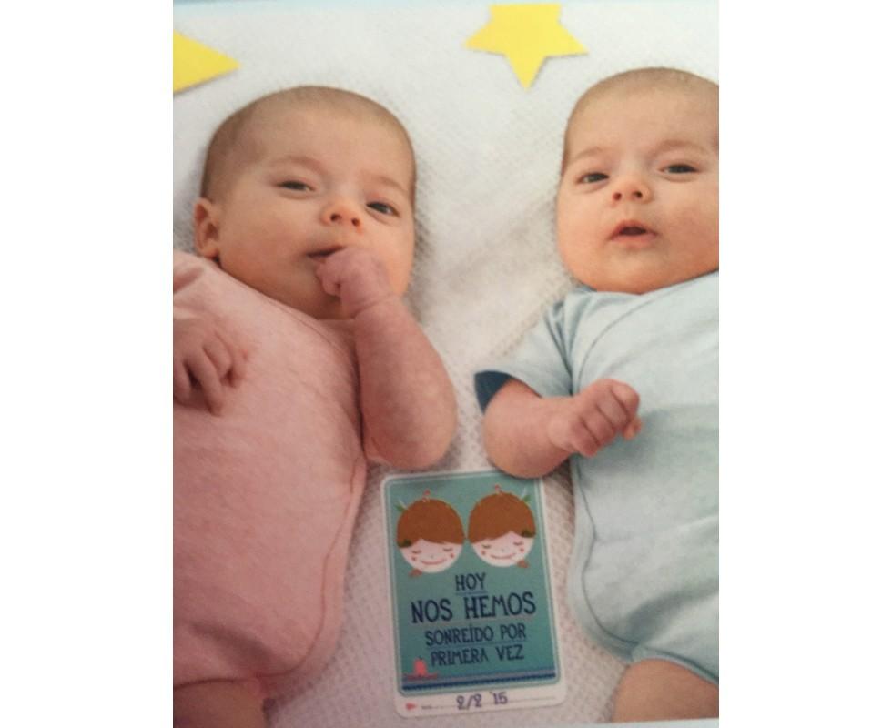 Tarjetas de fotografa Milestone para gemelos o mellizos