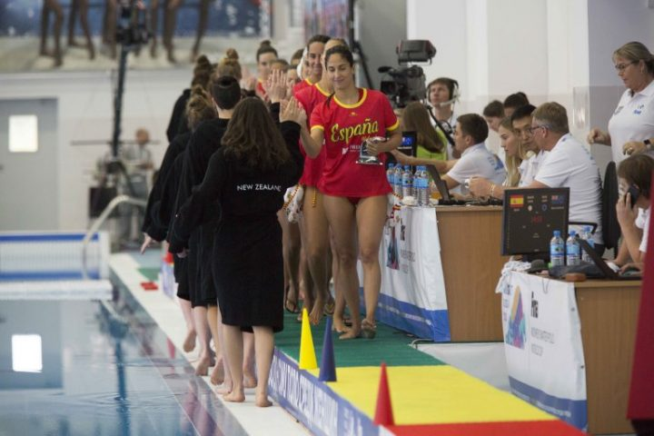 FINA World Cup (W), Surgut, Day 4: Semi-finals in Sight in Surgut