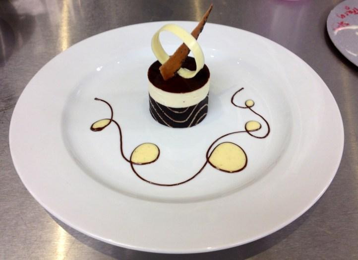 Professional Lovely Fine Dining Dessert Plating Decoration 1 Total